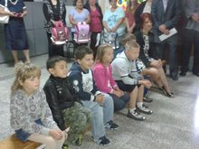 Belmil school bags to all first graders in Ada municipality
